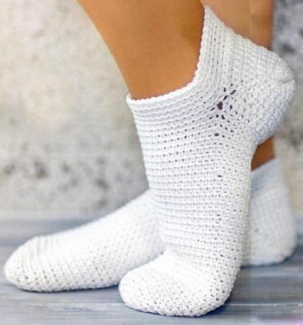 вязание крючком для начинающих носки