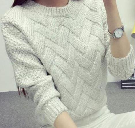 свитер с ложной косой