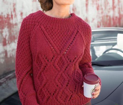 свитер спицами реглан