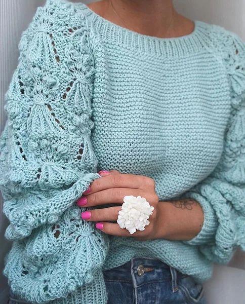 схема свитера спицами с веточками
