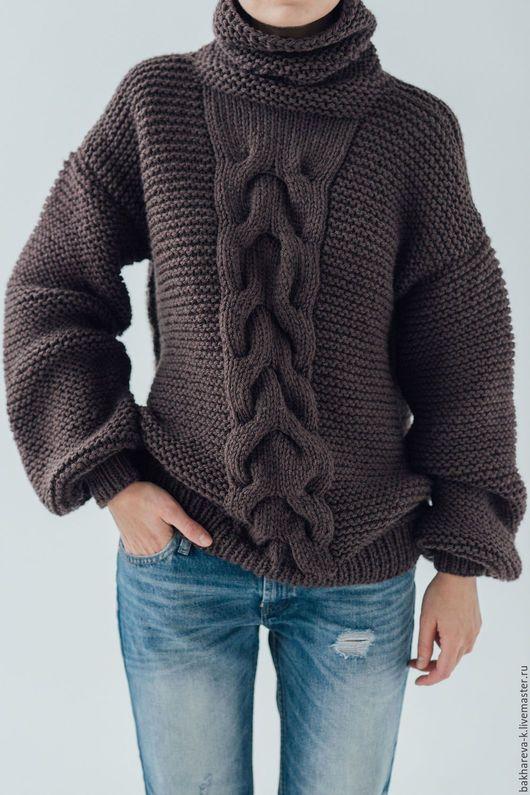 свитер с широкой косой