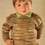 Вязание для детей: Вязаный спицами свитер для мальчика