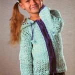 Вязание для детей: вязаная кофта с капюшоном для девочки