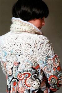 Пальто вязаное крючком 1