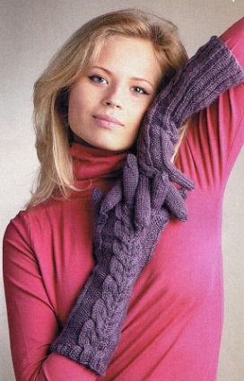 вязание перчаток спицами сиреневого цвета