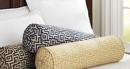 Как сшить подушку-валик для дивана своими руками