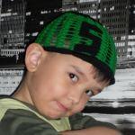 Вязаная кепка для мальчика крючком