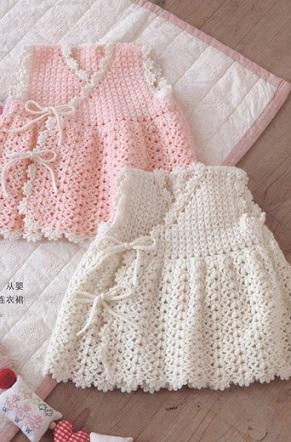 вязаное платье крючком для