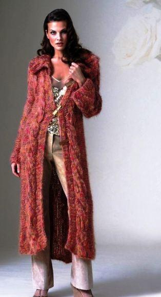 пальто вязаное мохер