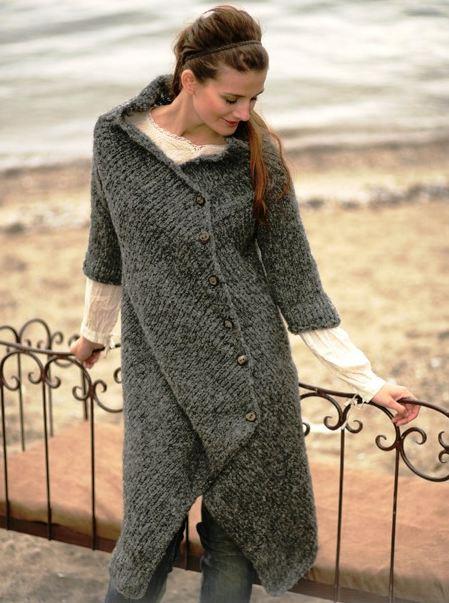 вязаное пальто с воротником