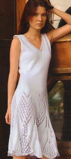 белое вязаное платье спицами фото