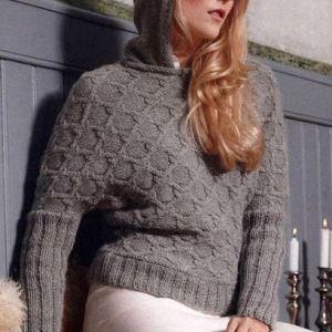 вязаный свитер с капюшоном