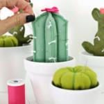 Как сделать игольницу кактус своими руками?