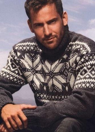 Мужской вязаный свитер с норвежскими узорами