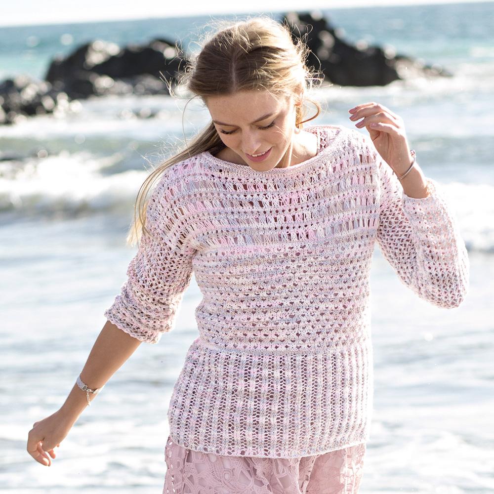 модный джемпер спицами для женщин на лето