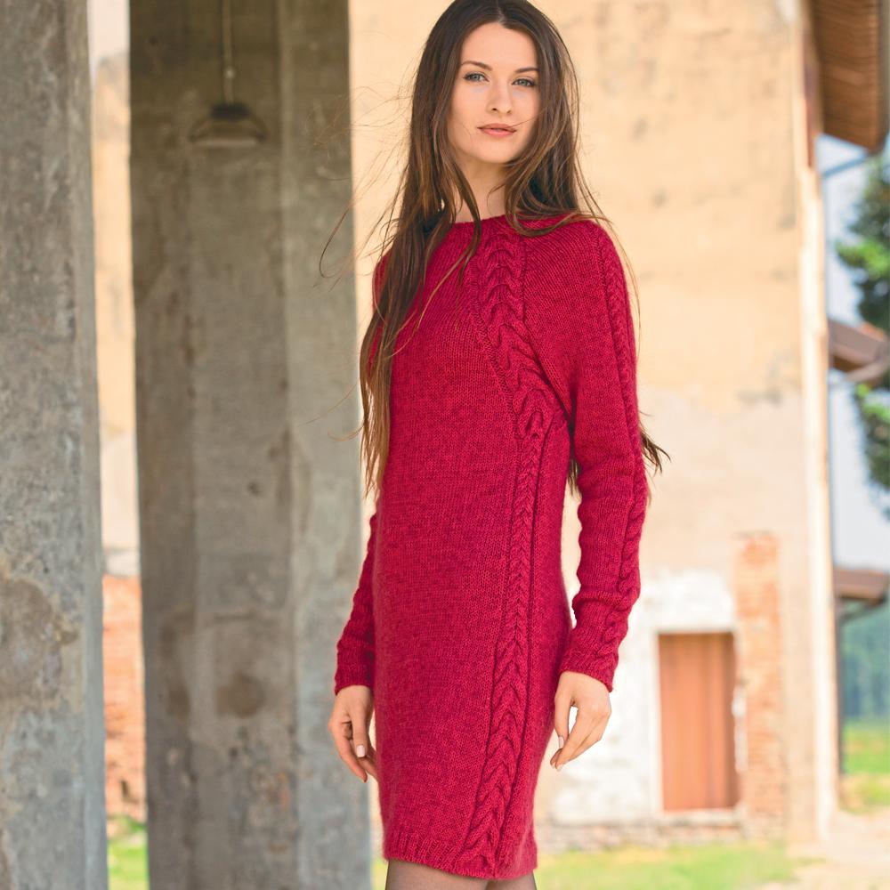 3f21d368ccd0f24 12 теплых вязаных платьев спицами, схема, описание вязания